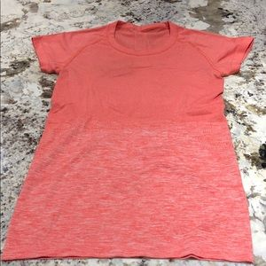 SWIFTLY TECH SHORT SLEEVE CREW SIZE 4